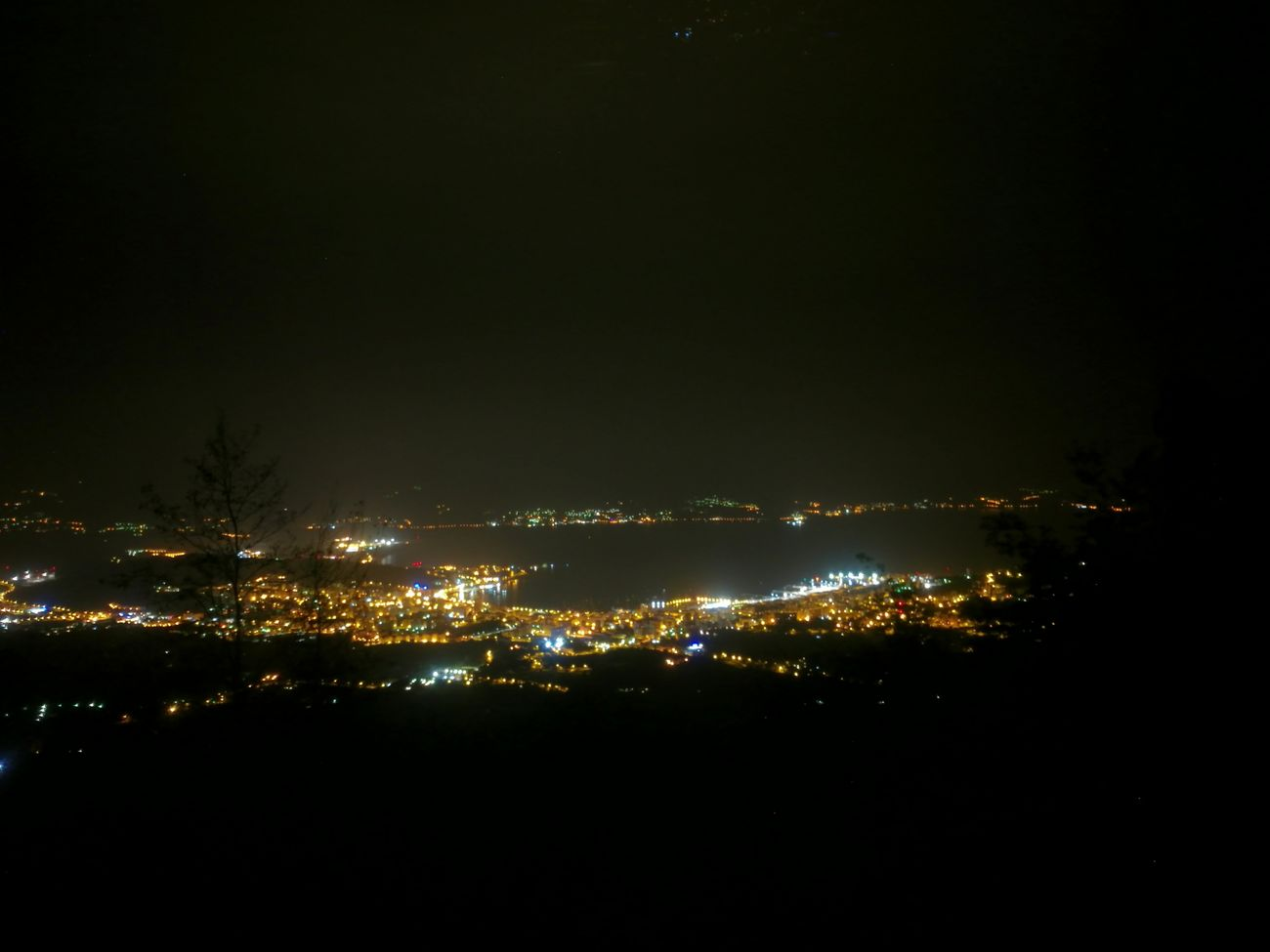Illuminated Night City No People Light And Shadow Nightphotography Ombres Et Lumières Photo De Nuit Nuit Ajaccio Corse Lumières De Nuit Flying High