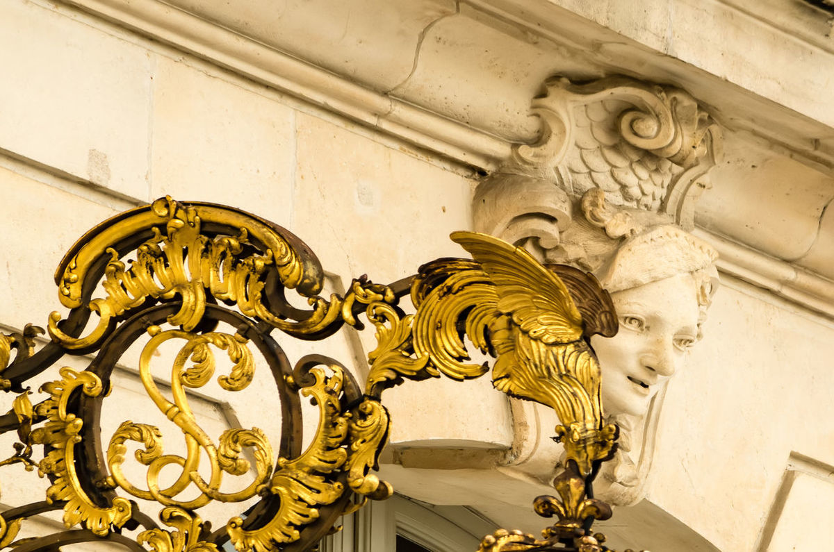 Place Stanislas - Nancy, France EyeEm Selects Place Stanislas Architecture Art And Craft Building Exterior Built Structure Close-up Day History Lion - Feline Low Angle View No People Outdoors Sculpture Statue