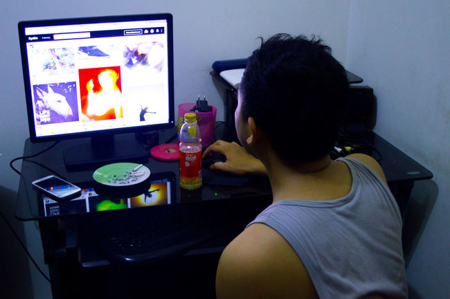 Browsing Internet Addiction Whatching Work And Internet