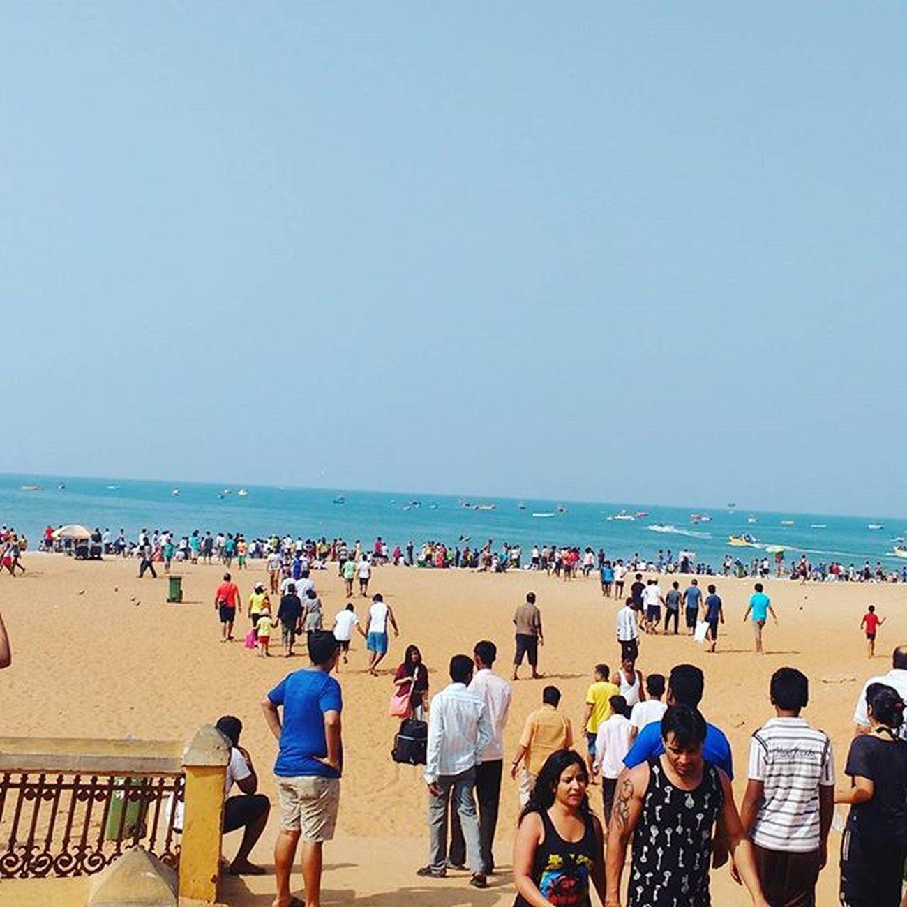 Calangute Goa Beach Beachinindia People Weekends Arabian Sea Arabiansea Water Saumendas Dassaumen Das Saumen Sdas Dass Sid Photography