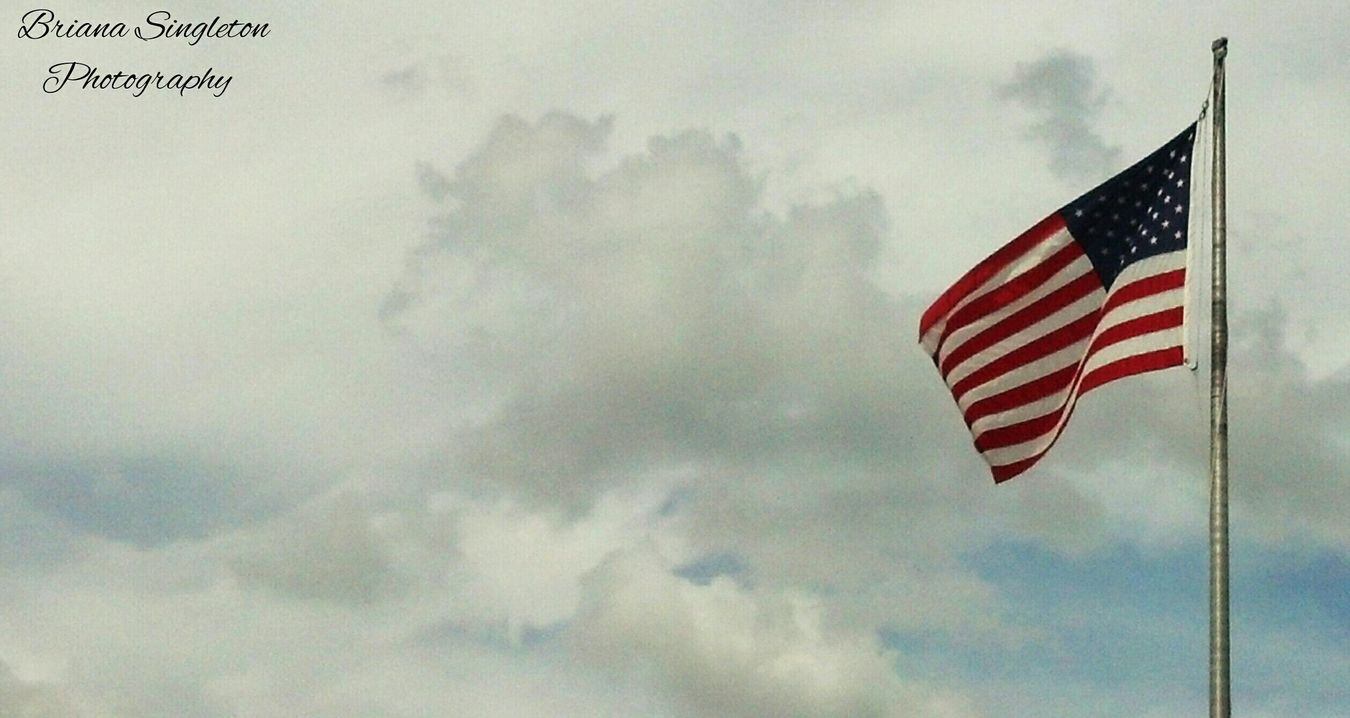 US Flag EyeEm Never Will Give Me A Prize For This Shot, But It's Pretty Cool For Me! Sky Collection American Flag Flag