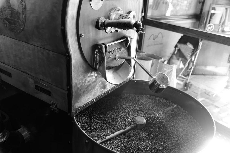 Caffe Machine Lviv, Ukraine Streetphotography NikonD810 Street Photography Black And White Photography B&h Coffee Shop Coffe Factory Travel Destinations Nikon D810
