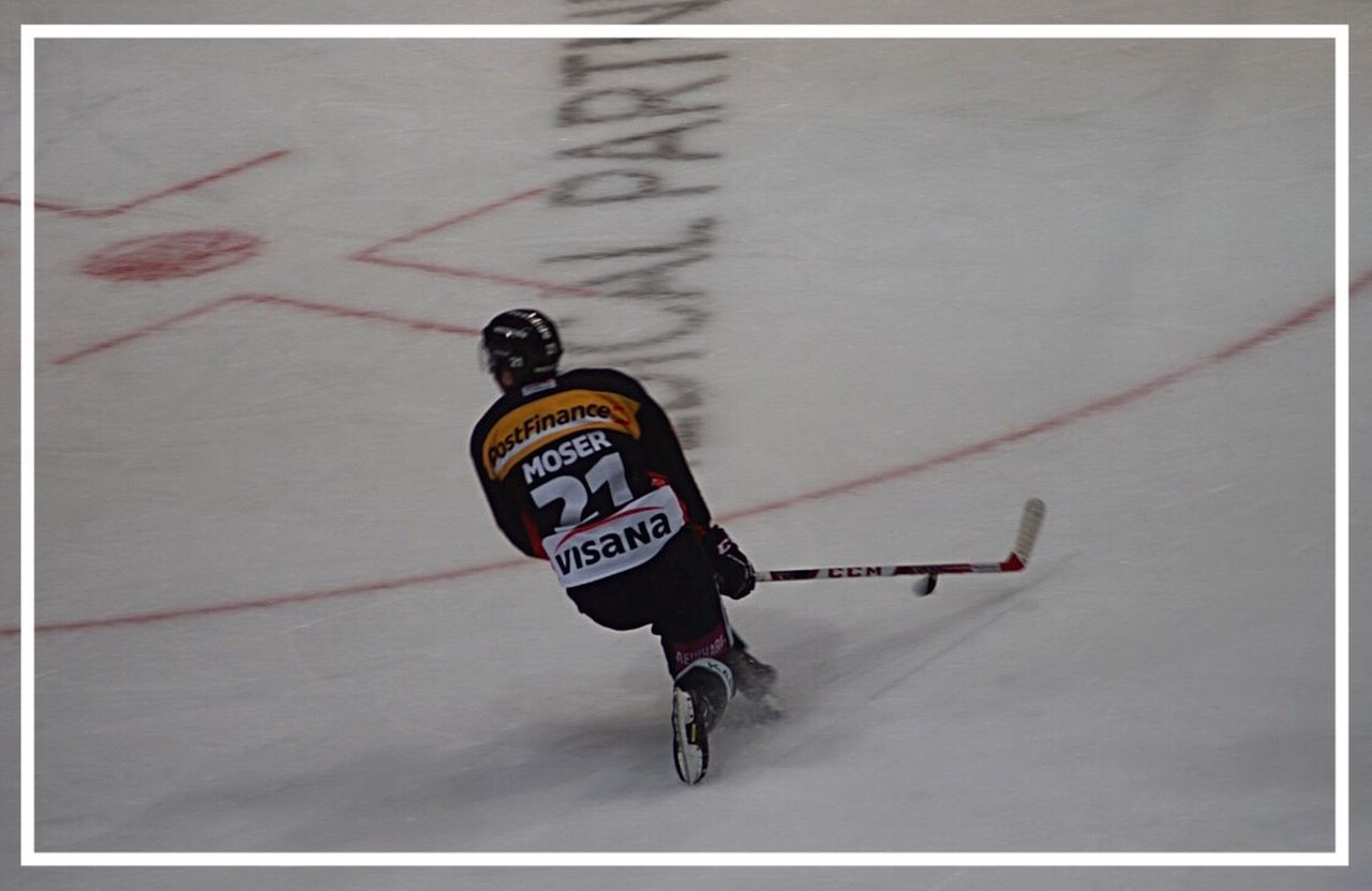 Ice Rink Eishockey Men Real People Competition Ice Age