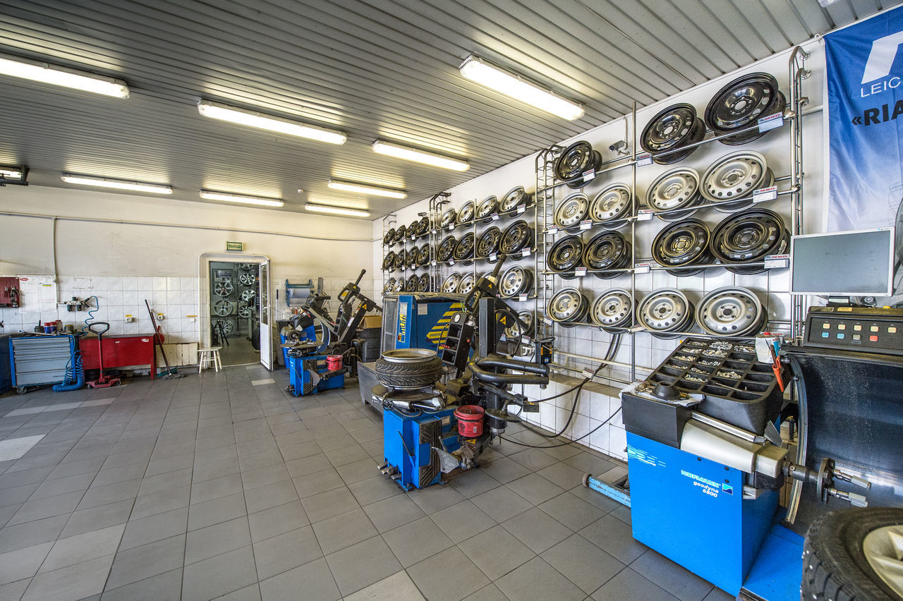 Russia, Moscow, transport, cars, wheels, tyres, car service, trade Car Service Cars Day Illuminated Indoors  Industry Machinery Moscow No People Russia Technology Trade Transport Tyres Tyresö Warehouse Wheels