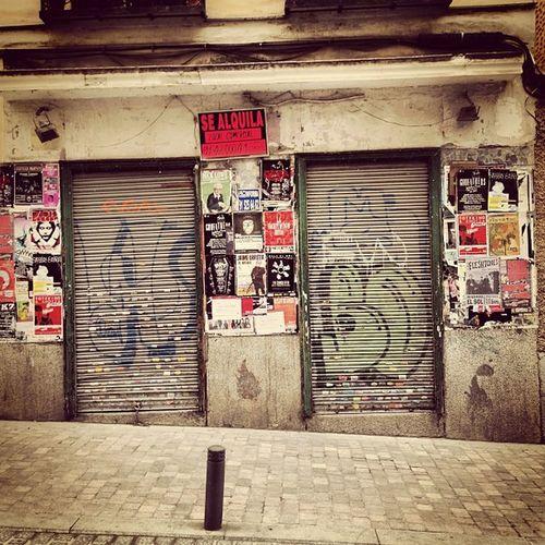 Signs #city #sigs #facade #fachada #ciudad #rent #alquila #rust #sidewalk #madrid #igscout #_wg #instapic #instagramer #insta_crew #instamillion #tagstagramers #instago #tagsforlikes #photooftheday #instagroove #igersmadrid #picoftheday #iphonesia Igersmadrid Instago City Insta_crew Igscout Tagsforlikes Façade Instagramer Rust _wg Sidewalk Instagroove Madrid Instapic Instamillion Photooftheday Tagstagramers Iphonesia Picoftheday Sigs RENT Alquila Fachada Ciudad