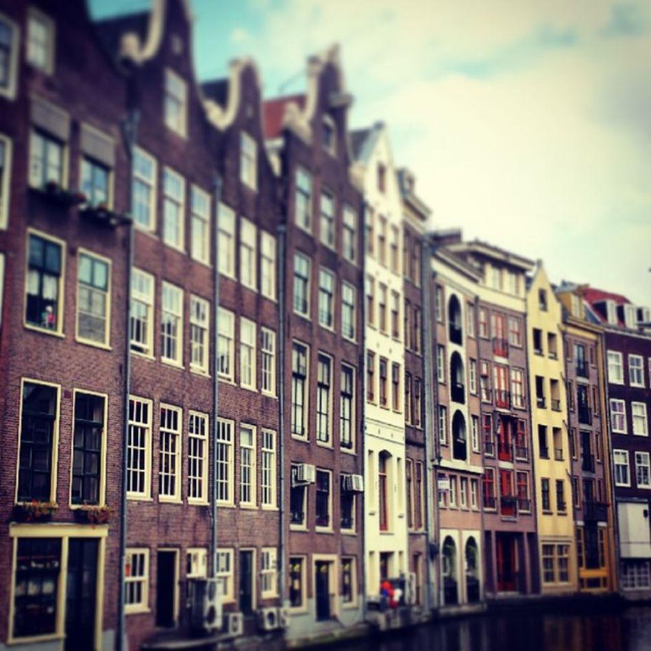 Holland Amsterdam Letsgethigh Waitwhaaat stoneritsallablurrcanalscrookedbuildings