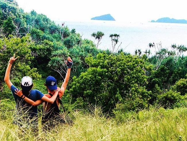Hai dunia, kita siap jalan.i apa yg ada didepan kita. Tak ada yg lebih menyenangkan ketika menyapa dunia dengan teman perjuangan kita Arsipbe . . . 📷 @faqih_azzaky Banyumuloktulungagung . . . @amazing.globepix @crazyshooterz @geonusantara @awesome_naturepix @destinations_earth @awesome_travelpix @7igolrossonere @indonesia_photography @yofieart @instagram @discoverindonesia @earth.lux @young.seeker @natgeoindonesia @1996.gallery @jalanjalandijawa @haidaindonesia @exploreindonesia @exp_indonesia Belajarphotografi Sony