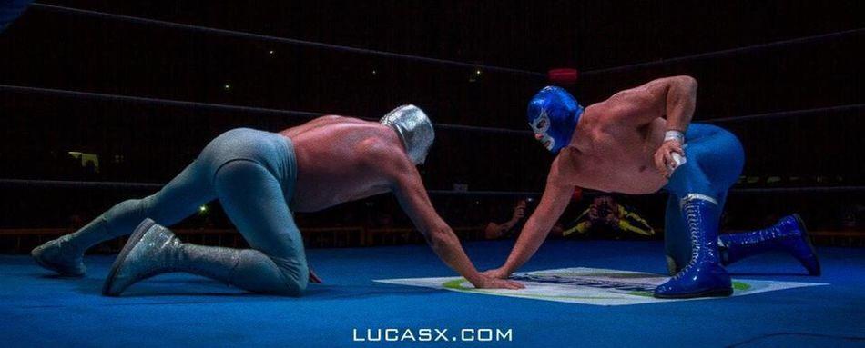 Face-Off Lucha Libre Luchador Lucha Luchadores Luchar Mexican Mexicanwrestling Mexicanwrestler Blue Demon BlueDemon Bluedemonjr El Santo Elhijodelsanto Luchalibremexicana