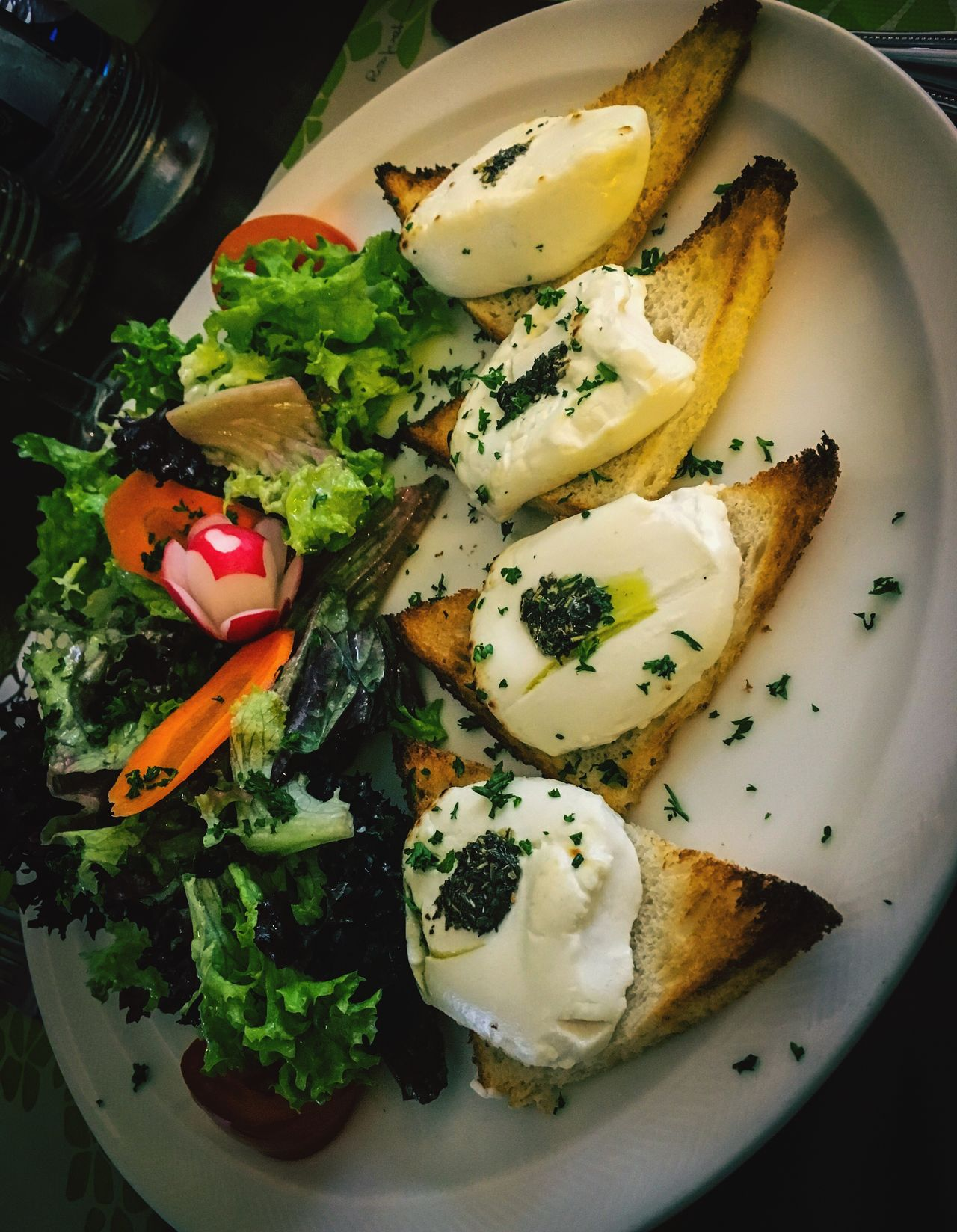 Healthy Eating Food And Drink Food Plate Vegetable Freshness Salad Serving Size No People Ready-to-eat Chevre  Toast🍞 Toastbread Lettuce Fromage Queijo
