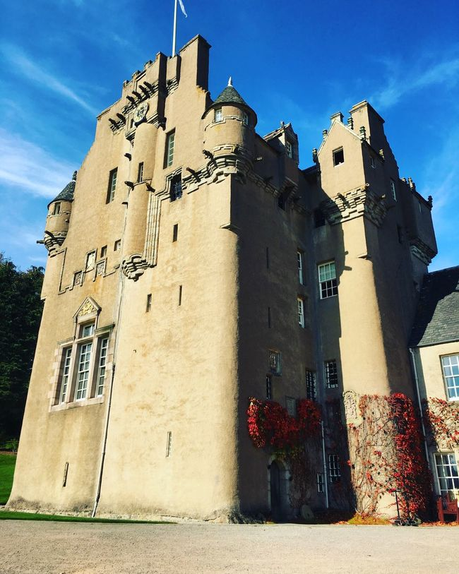 Crathes Castle Aberdeenshire Sunny Day Blue Skies Scotland Castle