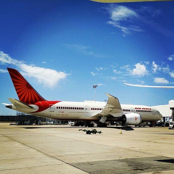 LHR Boeing 787 Nofilter Airindia