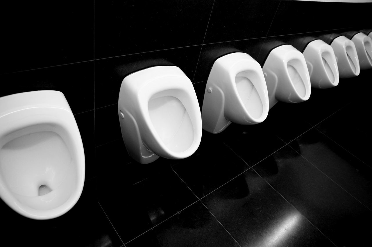 Repetition Repeat Repetitive Toilette Art Toilette Black And White Black And White Photography Black And White Collection  Urinal Urinals Urinoir Urinoirs Fresh On Eyeem  Restroom Restroom Series Restroom Picture Urine City Men's Toilets Restrooms Smelly Stinky Urine Town Urine Collection TakeoverContrast Black And White Series