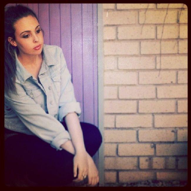 Posing Browneyedgirl Brunette Purpledoor
