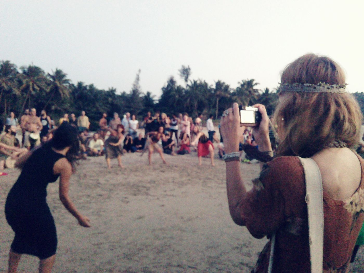 Beach Dancer Dancing In The Beach Dancing Girls Flashmob Beach Life Beach Photography Beach Party