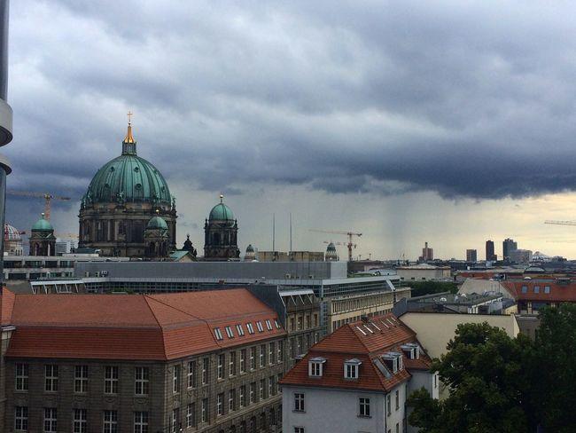 Berlin Officeview Berliner Dom