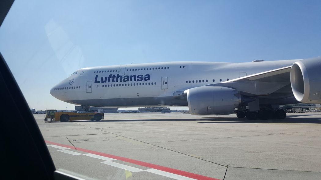 Boeing Boeing 747-400 Fraport Lufthansa