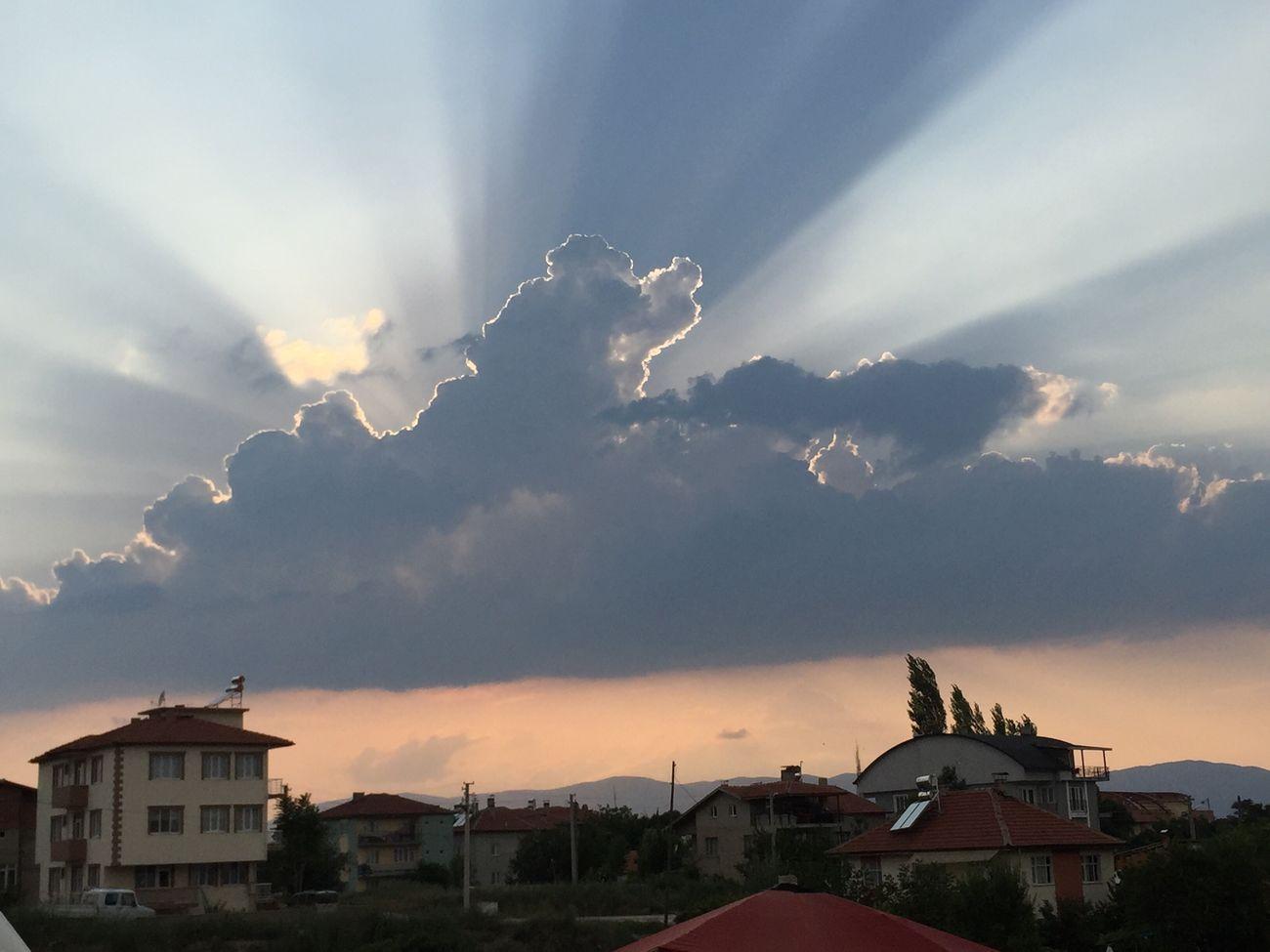 Burdur Gokyuzu Bulut Gunes