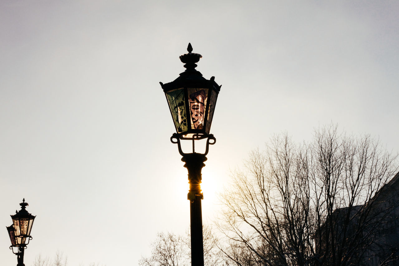 Day Lantern Light And Shadow No People Old-fashioned Outdoors Sky Sunlight