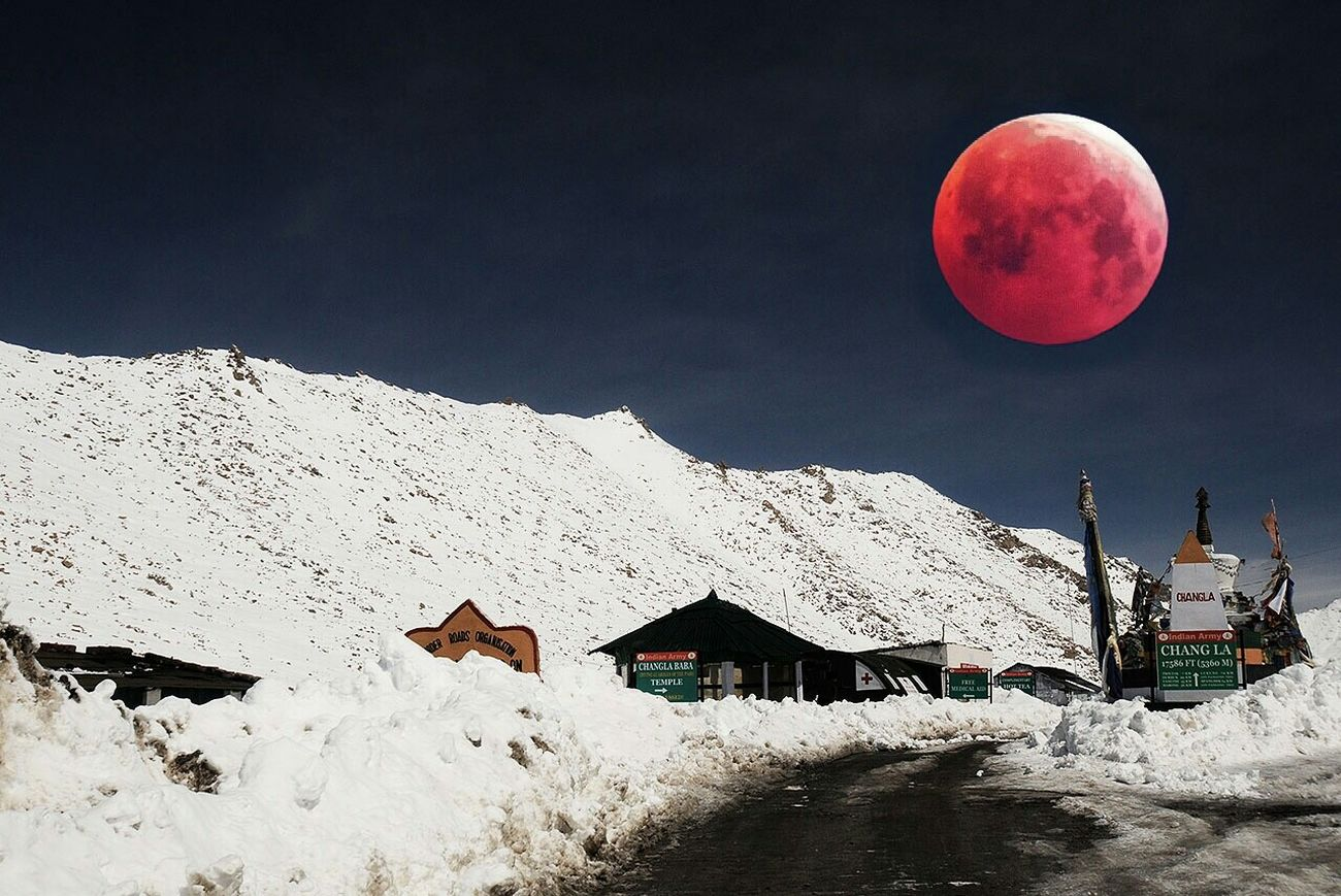 A beautiful pict of moon eclipse in Leh-Laddak INDIA From My Point Of View Silhouette Getting Inspired EyeEm Best Shots Clouds And Sky Popular Photo Moon Eclipse Popular Photos EyeEm Nature Lover Snowy Days...