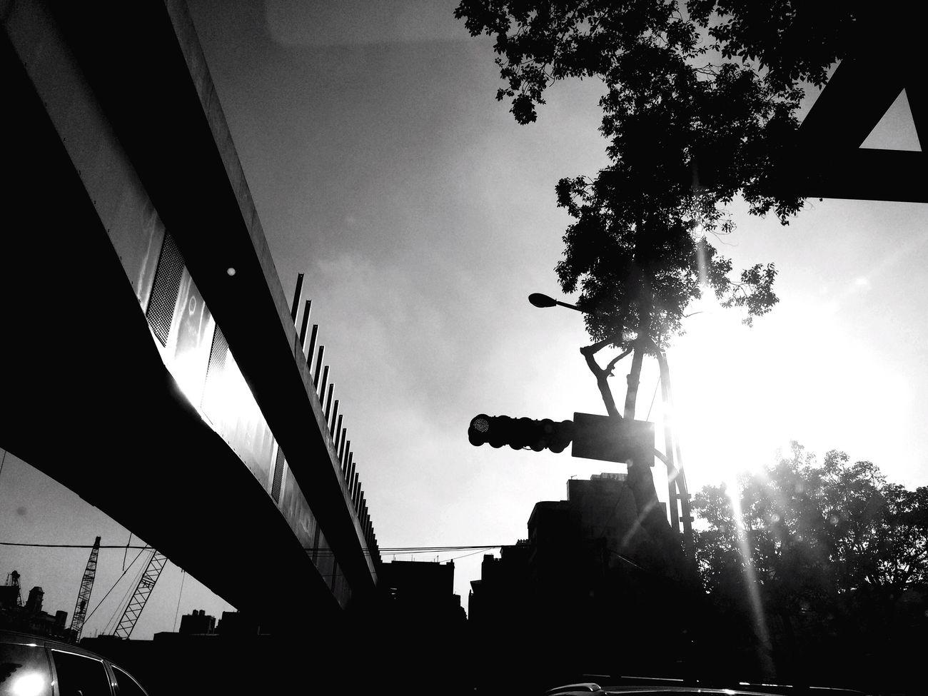 Sunlight Sky Sun Streetphotography Black And White Light And Shadow Taking Photos Enjoying Life Streetphoto_bw Eye4photography  Life EyeEm Best Shots - Black + White Street Photography Taichung Lifestyles