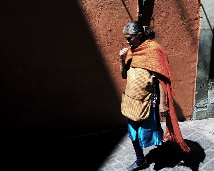 Real People Full Length Day Shadow Sunlight Standing One Person Architecture Outdoors People Streetphotography Color Mexico Art Is Everywhere The Street Photographer - 2017 EyeEm Awards