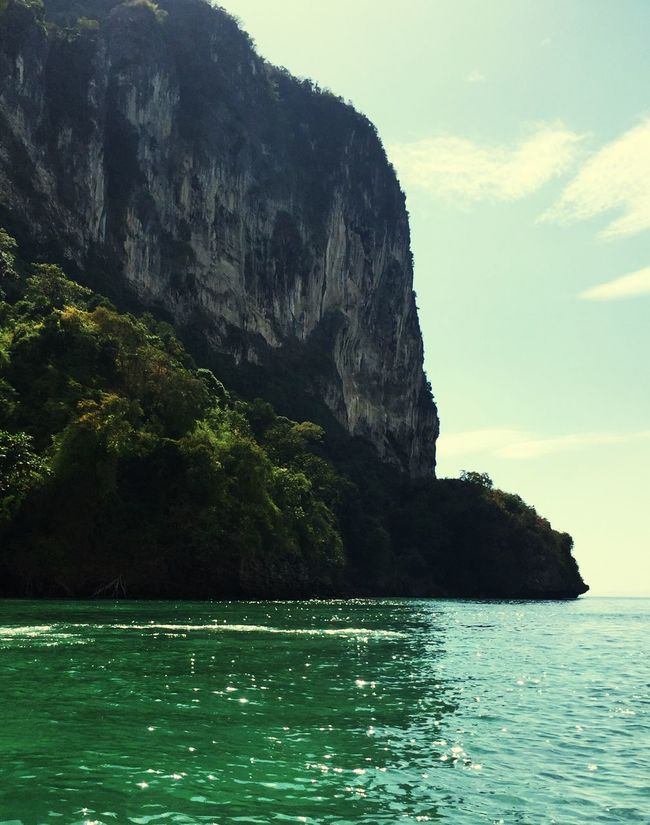 In love😍❤️🌊🌴🐠🍉😎 Pado Island Krabi Cliffside Besutiful Nature