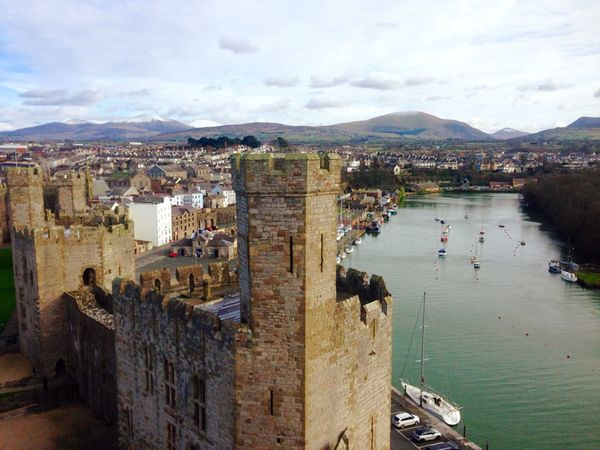 Caernarfon Caernarfoncastle Castle Castle Ruin Castle View  Wales You Beauty Wales Mountains Valentine's Day  Sunday Afternoon Sunday