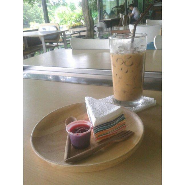 เติมน้ำมันคน Thesisfangwhan Coffee Coffeemania Espresso rainbow rainbowcrabcake coworkingcafe cnx thailand
