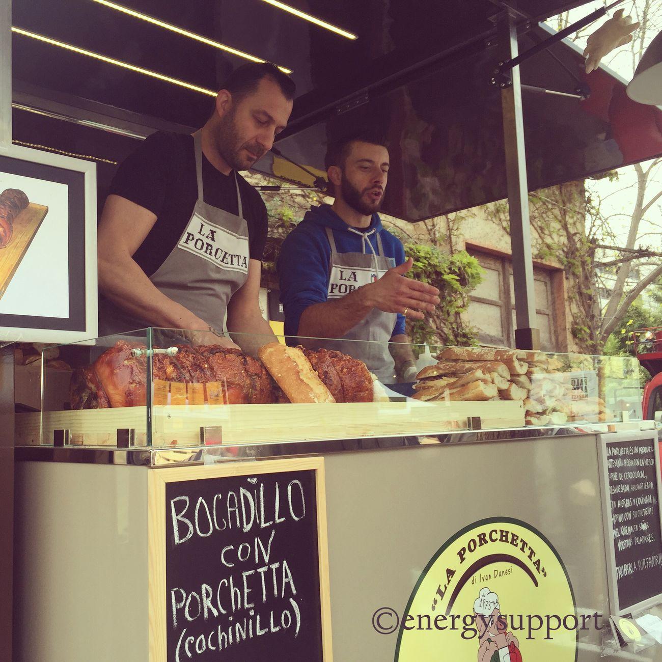 #PaloAltoMarket 👍👍👍Distribuidor PorchettaIvan Danesi- Davide - Isacco 📞+34 633 134 760 📧 laporchettartesanal@gmail.com #compartir los #conocimientos🍴 😉 👉 de #gastrónoma 🍴👉 a #gastrónomo 😉 #blog #follow #danielarbos #laporchetta #tradicion #artesanal #proveedor #foodtruck #foodvespa #instafood #streetmarket @energysupport 😋 @paloaltomarket #barcelona #catalonia #catering #eventos #sandraenergysupport #paladar #delicious #italy #abril #weekend 📷 Photo Credit: Sandra_EnergySupport Paloaltomarket Foodtruck Instafood Streetmarket Gastronomy Laporchetta Porchetta  Sandraenergysupport Friends Artesanal