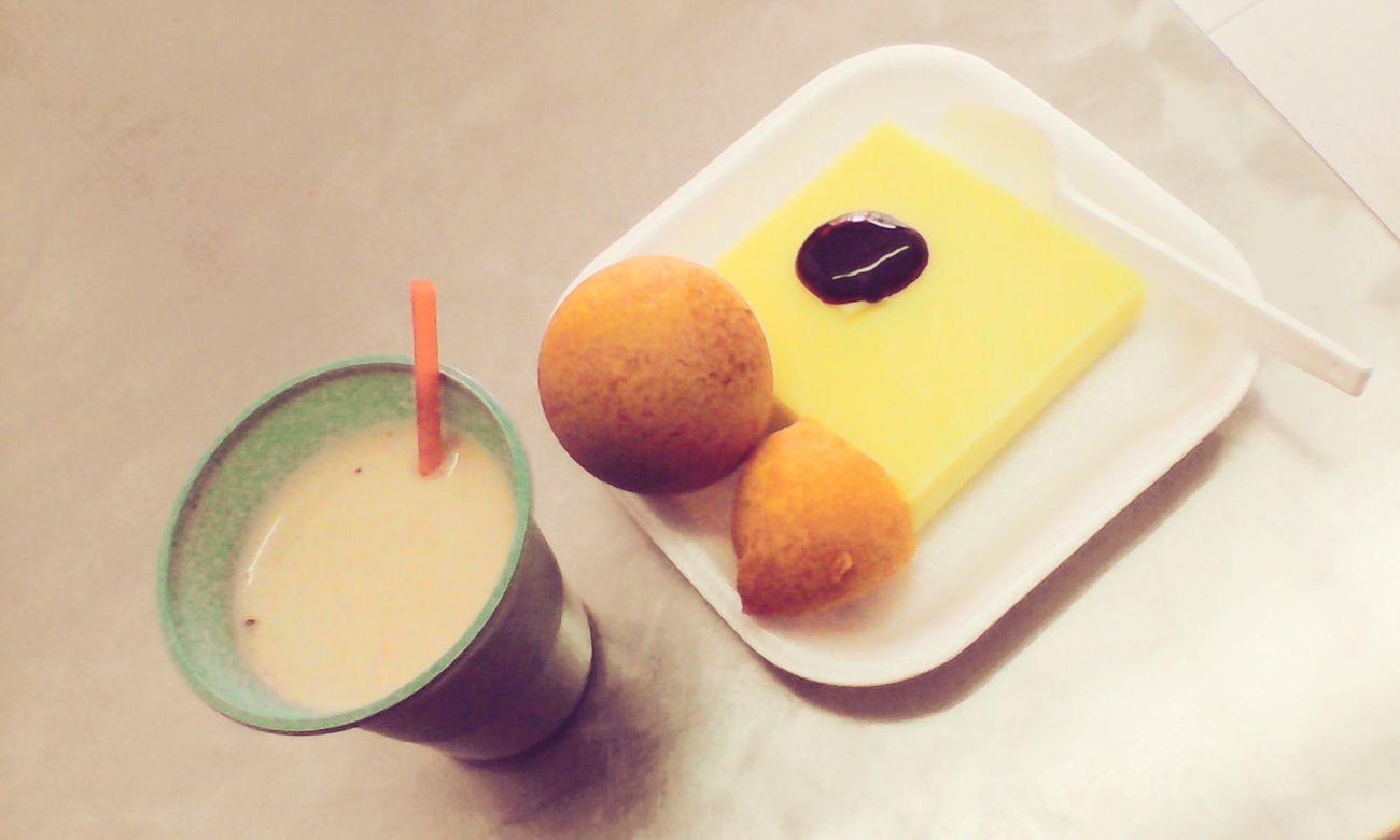 RePicture Giving Christmas Present Breakfast Natilla Y Buñuelos