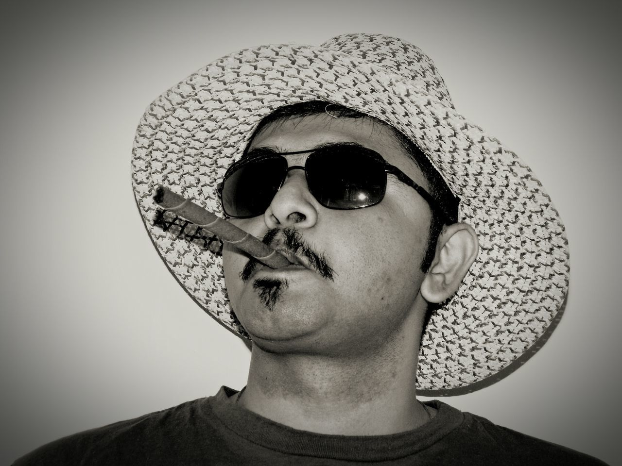 Hi! That's Me Blackandwhite Black And White Hat Cigarette Time Cigarette  Taking Photos Face Of EyeEm My Face