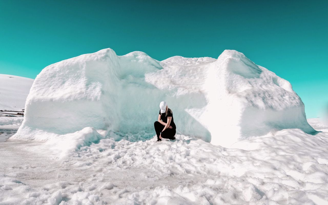 - SUMMERTIME AT ARCTIC CIRCLE- Sommergefühle summer Summertime one person leisure activity Nature full length outdoors day Clear sky beauty in Nature scenics sky young adult glacier Ice arctic circle arctic Check this out