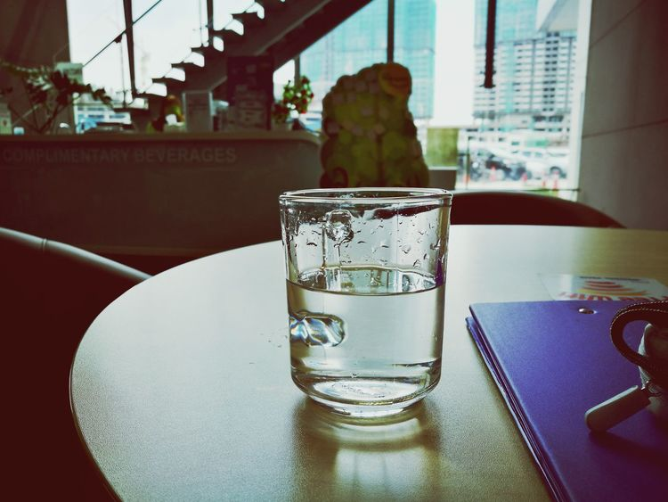 A glass of water. Drink Refreshment Water Thirsty  Service Center Balakong Selangor, Malaysia Toyota Service Centre HuaweiP9 Huaweiphotography Huawei P9 Leica