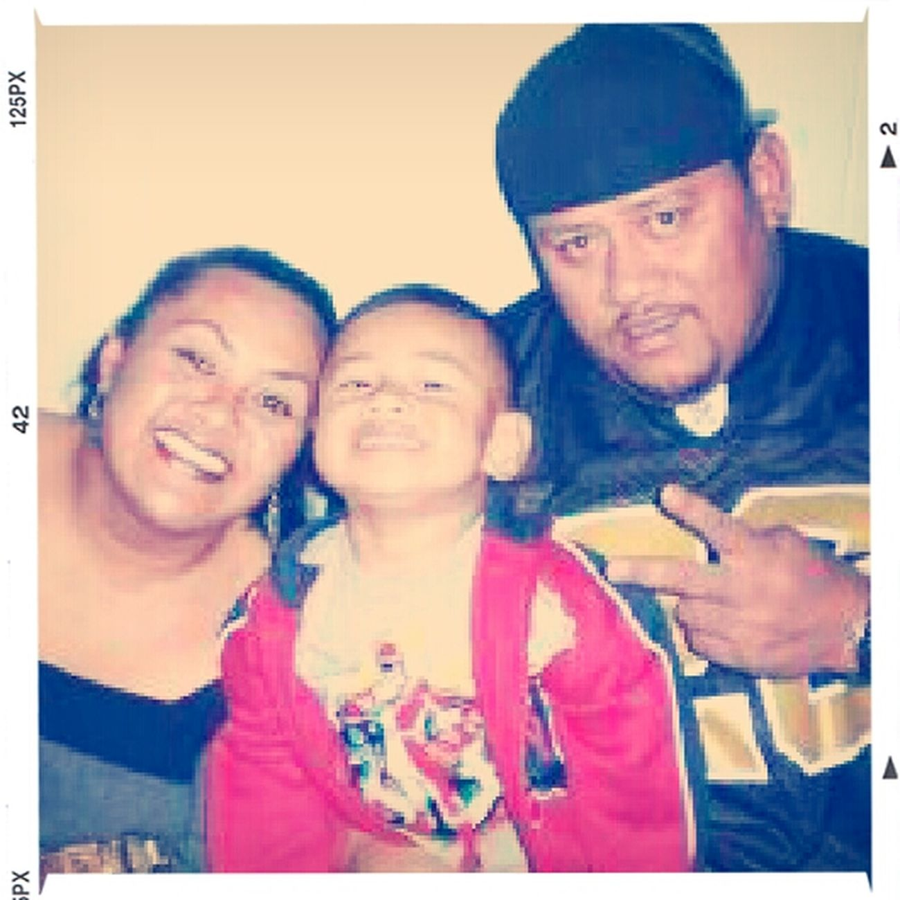 my life; my parents! & babybro Luke. RIL daddy! :'(
