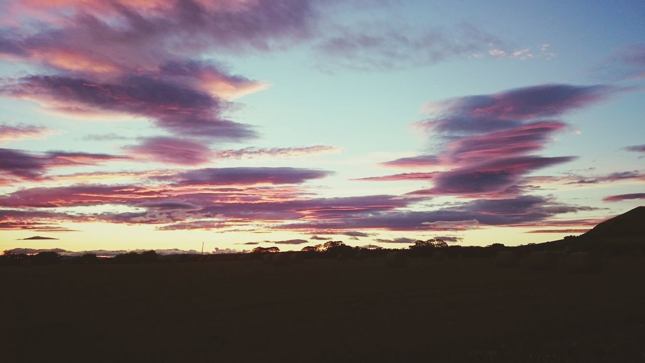 sunset, silhouette, tranquil scene, sky, scenics, tranquility, beauty in nature, nature, cloud - sky, landscape, no people, outdoors, day