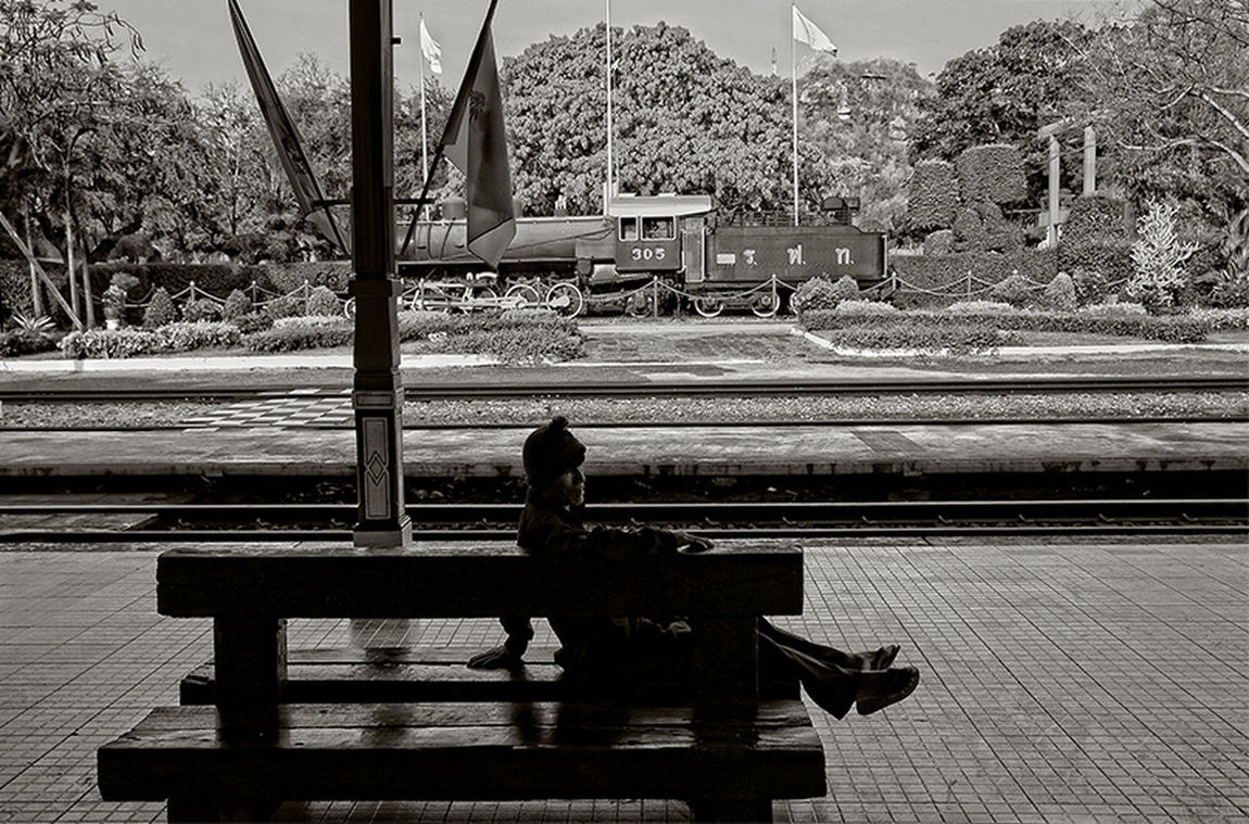 The traveler Blackandwhite Blackandwhitephotography Hua Hin , Thailand  Old Train Station Sitting On A Bench Spotted In Thailand Street Streetphoto_bw Streetphotography Train Station Trainstation Traveler Travelers