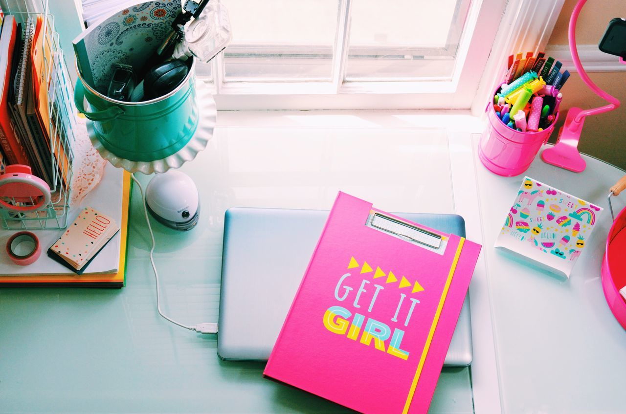 Office Work Motivation Motivated Motivational Room Decor Still Life Table Pen Indoors  High Angle View Technology No People Desk Desk Organizer Paper Day Girl