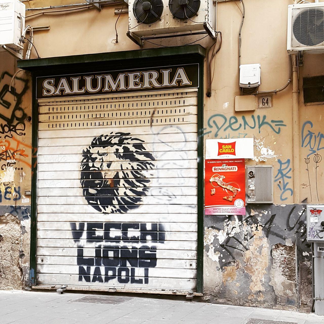 Text Graffiti Street Art Architecture Day Outdoors Built Structure No People Building Exterior City Ghetto Urbanphotography Napoli Italia Napoli ❤ Italy🇮🇹