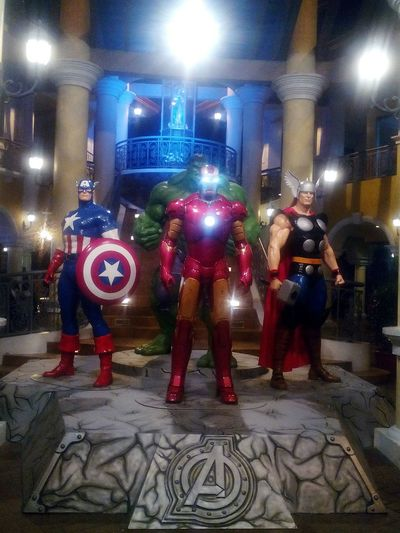 The Avengers is on the house yow! 😁😁 Papa Thor 😍😆