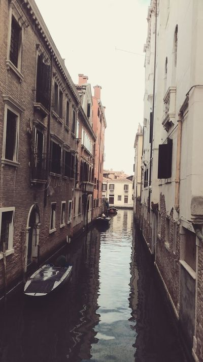 Arsenale Di Venezia Canal Canals Canals And Waterways Italy Italy Holidays Italy❤️ Italy🇮🇹 Venezia Venezia #venice Venezia Canals Venezia Italia Venezia Italy Venezia Venice Venezia.italia Venezia_city Veneziaaunica Veneziadavivere Veneziagram Veneziaunica Venice Venice Canals Venice Italy Venice View Venice, Italy