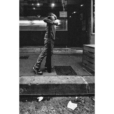 Paris Streetlife Streetphotographyparis Streetphotography Street Paris Fujifilm