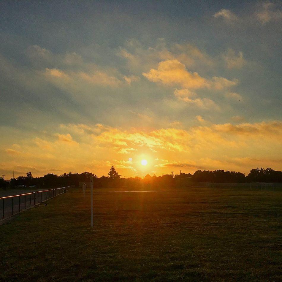 Sunrise Landscape Sun Beauty In Nature Sky Cloud Solitude West Texas Skies Texas Skies Midland, TX West Texas Texas Texas Sunrise West Texas Sunrise Sunbeams Sunburst