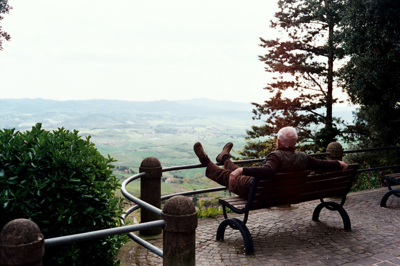 Beautiful stock photos of old, Bench, Bird View, Citizen, Destinations