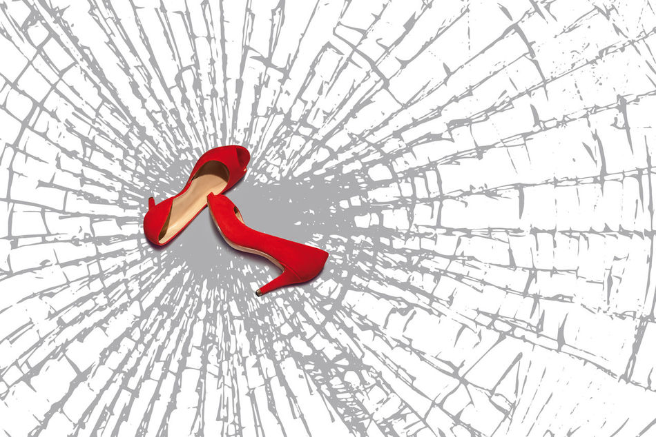 The design features two red women's shoes, are based on a full floor of broken glass fragments. It is the symbol of the continuing violence suffered by women, who often end up as victims of domestic murders. Broken Glass Close-up Femicide Glass Fragments Homicide No People Red Red Shoes Shoes Splinters Of Reality Symbol Violence, Woman