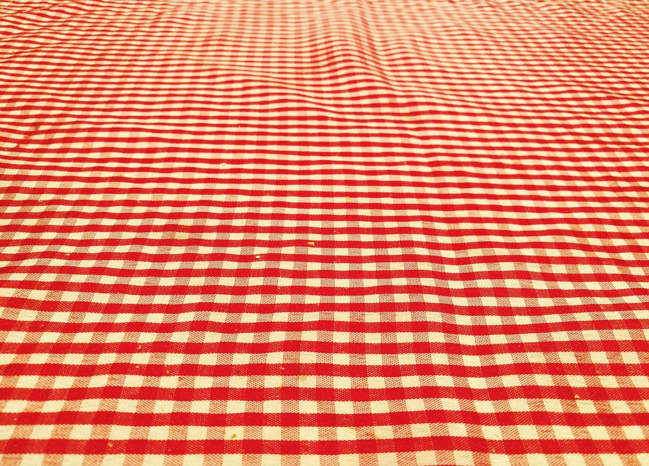 Pattern Red Backgrounds Textile Full Frame Textured  No People Close-up Indoors  Tablecloth Background Texture Textures And Surfaces Pattern Pieces Square