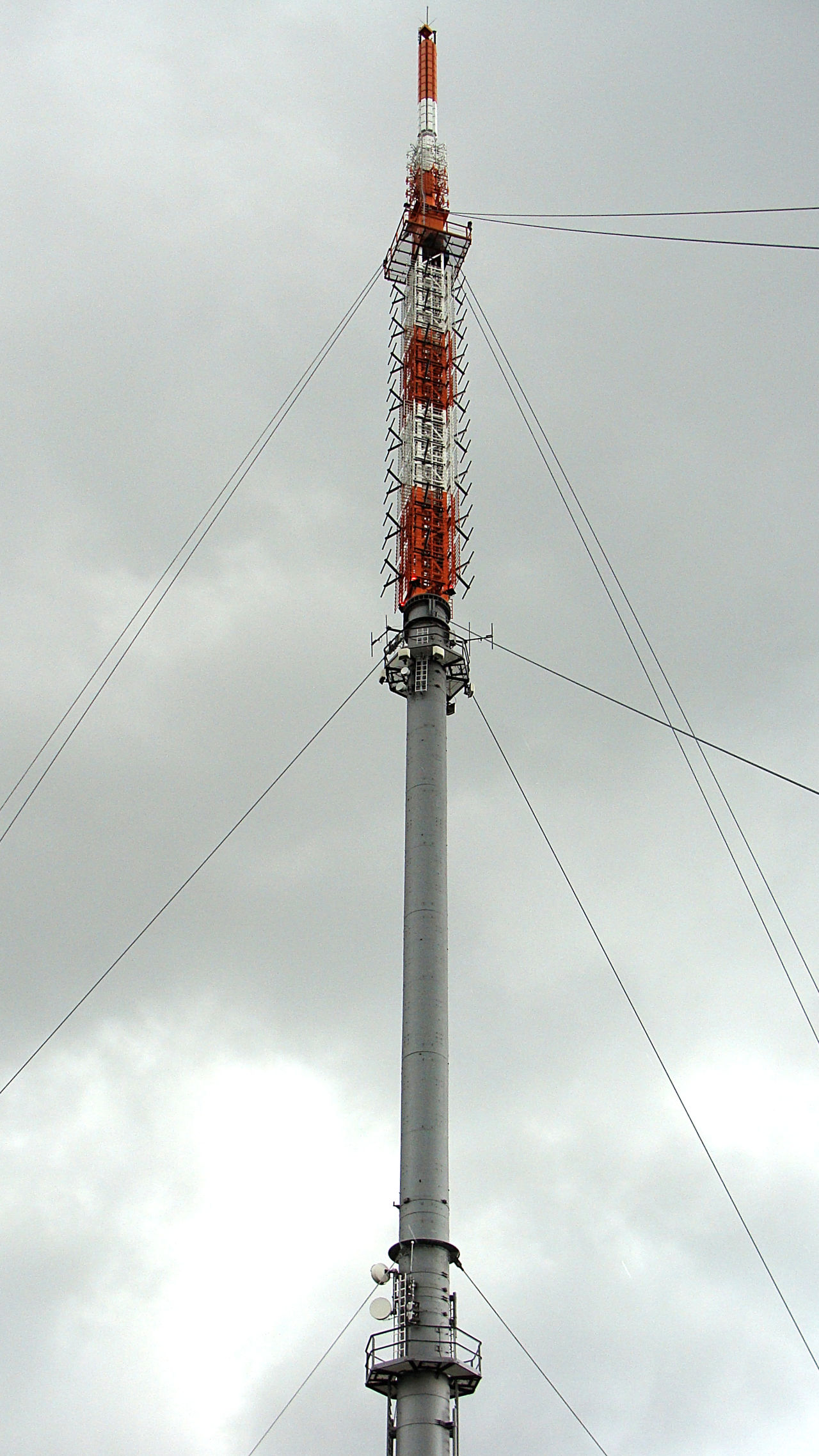 Built Structure Cable Cloud - Sky Communication Communications Tower Connection Day Low Angle View Outdoors Power Line  Sky Tall Technology Tower