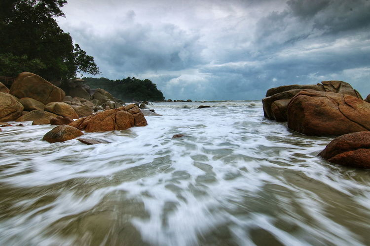 Morning Sky Sea Rock - Object Landscape Nature Cloud - Sky No People Water Outdoors Beauty In Nature Beach Day Wave Sky