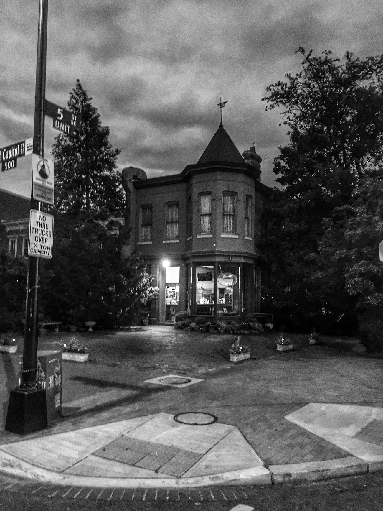 Our favorite local restaurant Architecture Welcome To Black EyeEm Best Shots - Black + White Streetphoto_bw CapitolHill From My Point Of View Eye4photography  Streetphotography Blackandwhite Washington, D. C.