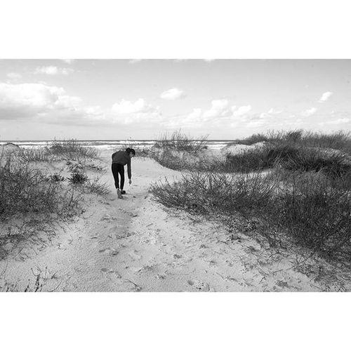 """Winterbeachwalk """" number 4 """"Drawing in the sand"""" Blackandwhite Winterbeach Sandandsea Ig_israel Nature"""