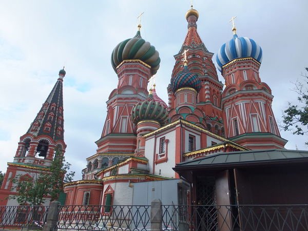 St Basil's Cathedral (1555-1561) Architectural Feature Architecture Built Structure Capital Cities  City Cloudy Sky Composition Domes Full Frame Low Angle View Moscow Multi Coloured No People Ornate Outdoor Photography Place Of Worship Red Square Russia Russian Architecture St Basil's Cathedral Tall - High Tourism Tourist Attraction  Tourist Destination Travel Destinations